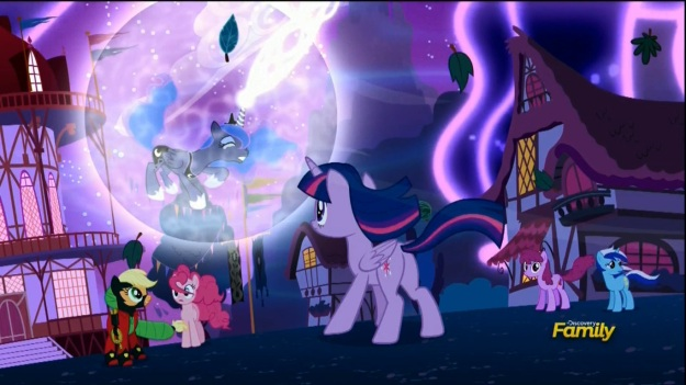 """""""The Tantibus grows stronger because I am so terrible!!"""" """"Wait, YOU'RE causing this because of your guilt!?"""" """"SEE!? I AM A TERRIBLE PONY!!"""" """"NO! That's not what I meant, and it's REALLY not helping right now!!"""""""