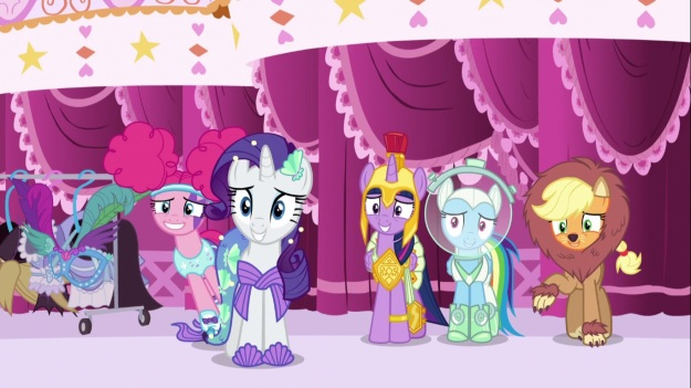 Get your Nightmare Night limited edition ponies before they're gone!!